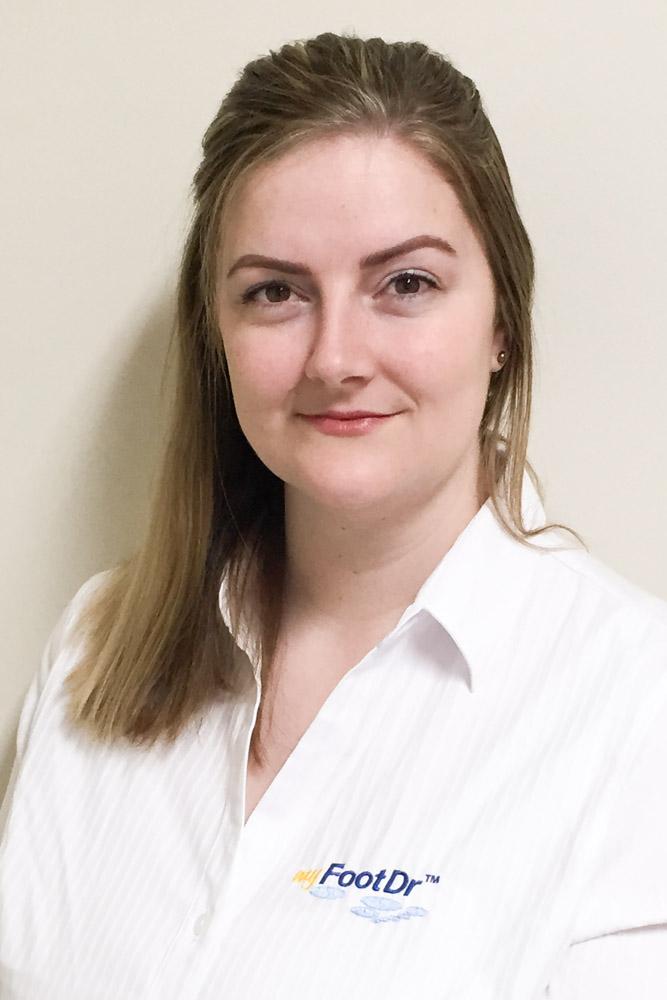 Jessica Hingston, Receptionist