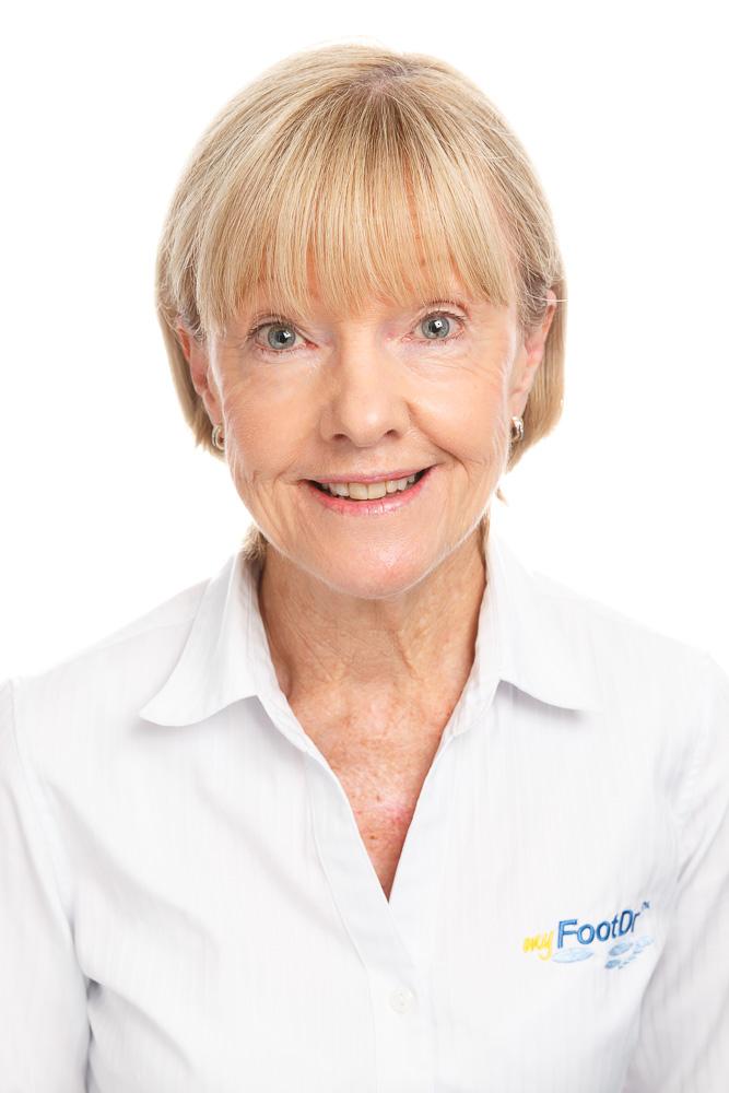 Dianne Mann, Receptionist